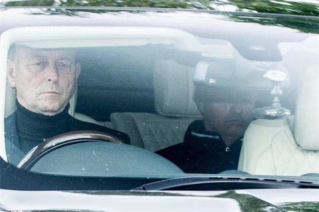 Sir Alex Ferguson, Ibrahimovic bất ngờ ghé sân tập của Man Utd - Ảnh 4.
