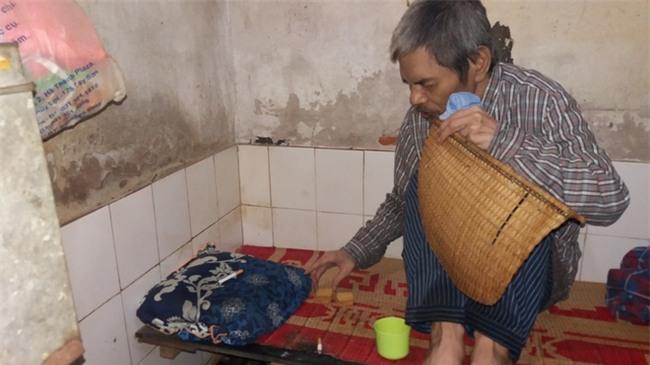 Hà Nội: Giữa thủ đô có một cụ bà 84 tuổi nuôi 2 con tâm thần bằng đồng lương hưu - Ảnh 5.