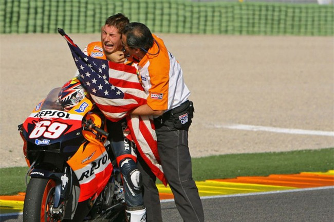 Nhà cựu vô địch MotoGP Nicky Hayden qua đời ở tuổi 35 - Ảnh 3.