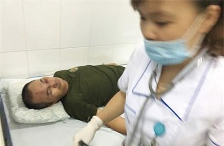 Côn đồ lại đánh người nhập viện tại chung cư Linh Đàm ảnh 1