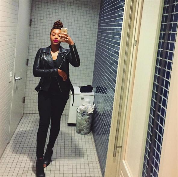 Cô gái này đã mất sạch 33.000 bức ảnh trong máy vì sạc iPhone sai cách - Ảnh 1.