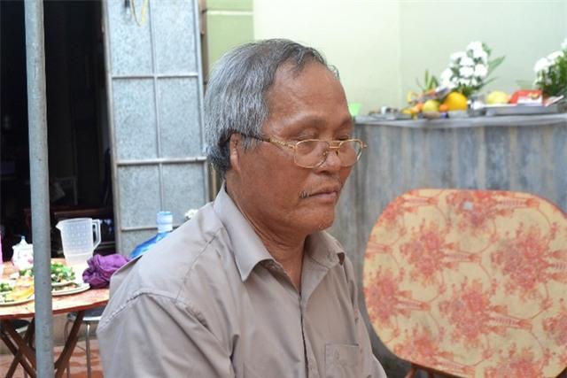 Ông nội bé Linh cùng họ tộc chưa yên tâm khi nghi phạm không nhận tội. Ảnh: Đ.Tuỳ