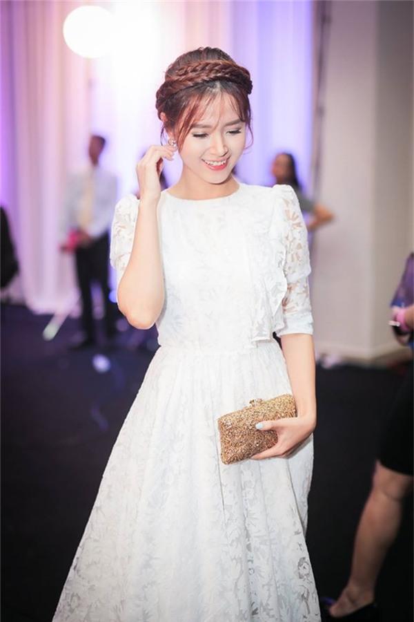 Những mỹ nhân Việt mặc gì cũng đẹp của showbiz Việt - Tin sao Viet - Tin tuc sao Viet - Scandal sao Viet - Tin tuc cua Sao - Tin cua Sao