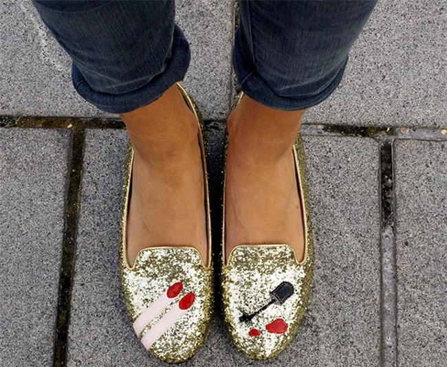 Thật khó tin nhưng năm nay, phải đi giày cọc cạch mới đúng mốt! - Ảnh 8.