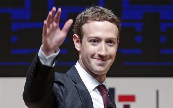 Mark Zuckerberg đã trở thành người giàu thứ 5 thế giới nhờ vào quyết định bỏ học của mình và tập trung vào Facebook