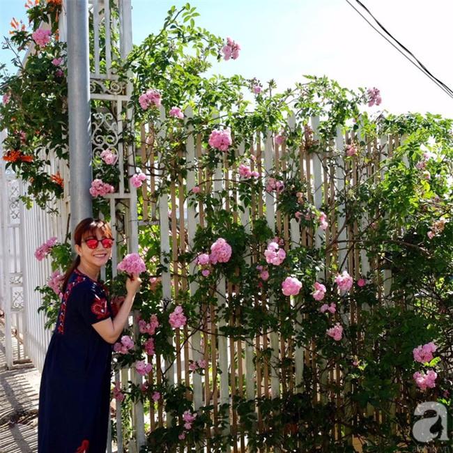 Khu vườn trên sân thượng rộng tới 200m² bạt ngàn rau quả sạch của nữ doanh nhân Sài Thành - Ảnh 3.