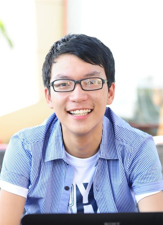 Thủ khoa đầu vào 29,5 điểm của ĐH Dược Hà Nội gây sốt với phát ngôn: Số điểm đại học là số tuổi anh lấy vợ - Ảnh 2.
