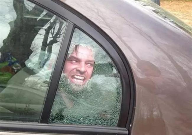 Sự thật ẩn giấu đằng sau chiếc xe khiến mọi cô gái giật mình vào lúc nửa đêm - Ảnh 6.