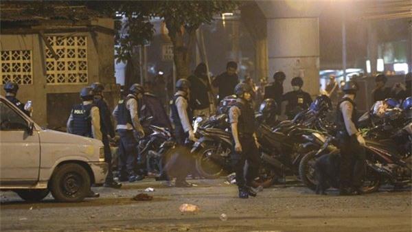 Indonesia,đánh bom liều chết,khủng bố