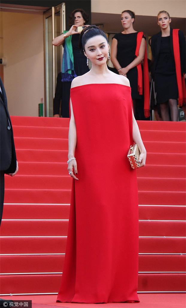 Phạm Băng Băng khiến fan hết hồn vì thời trang xuống dốc không phanh tại Cannes 2017 - Ảnh 1.