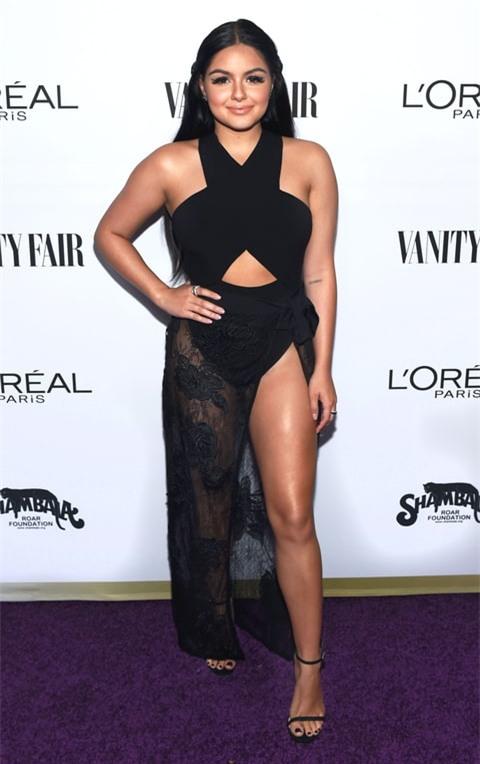 Nàng béo xinh đẹp nhất nhì Hollywood từng phẫu thuật ngực vì quá khổ giờ ra sao? - Ảnh 14.