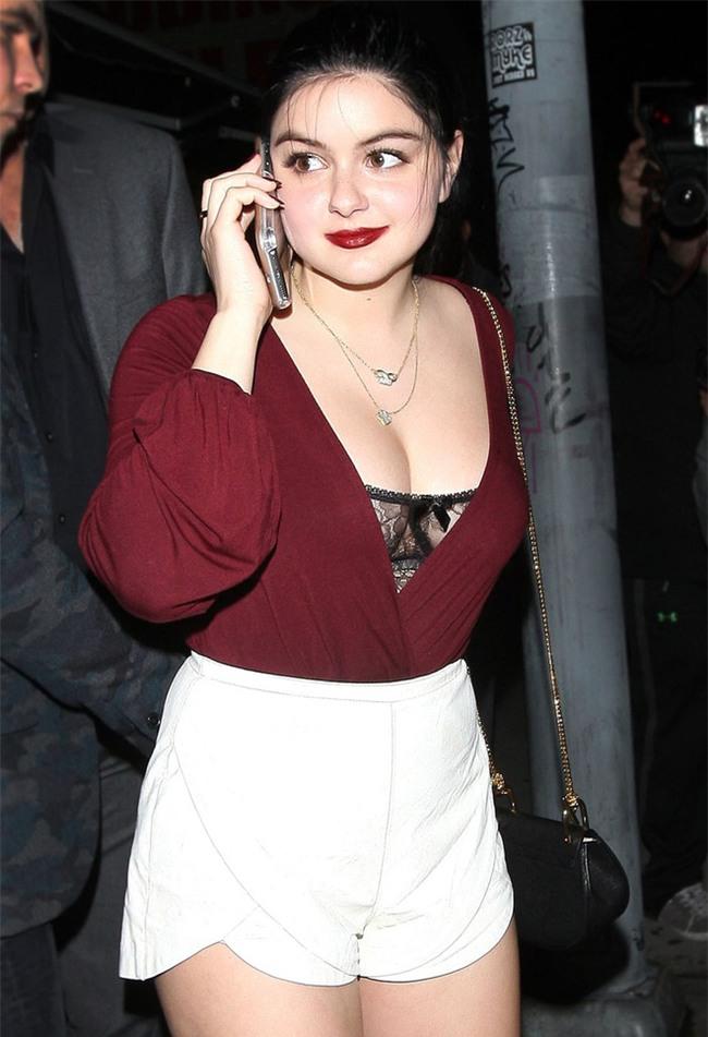 Nàng béo xinh đẹp nhất nhì Hollywood từng phẫu thuật ngực vì quá khổ giờ ra sao? - Ảnh 3.