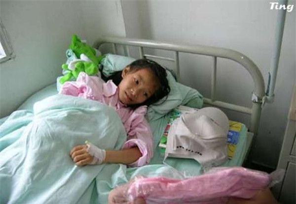 """Cô bé 8 tuổi mắc bệnh ung thư và câu nói khiến người khác đau lòng: """"Con đã từng đến và con rất ngoan"""" - Ảnh 6."""