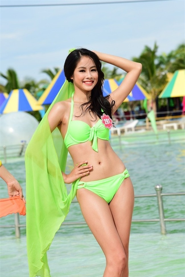 clip nóng Võ Hồng Ngọc Huệ11
