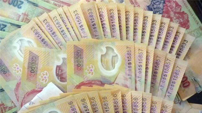 tiền giả, tiền giả Trung Quốc, lưu hành tiền giả, buôn tiền giả