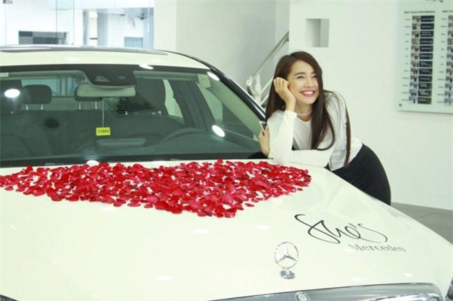 Truong Giang mua xe hop tang Nha Phuong hinh anh 2
