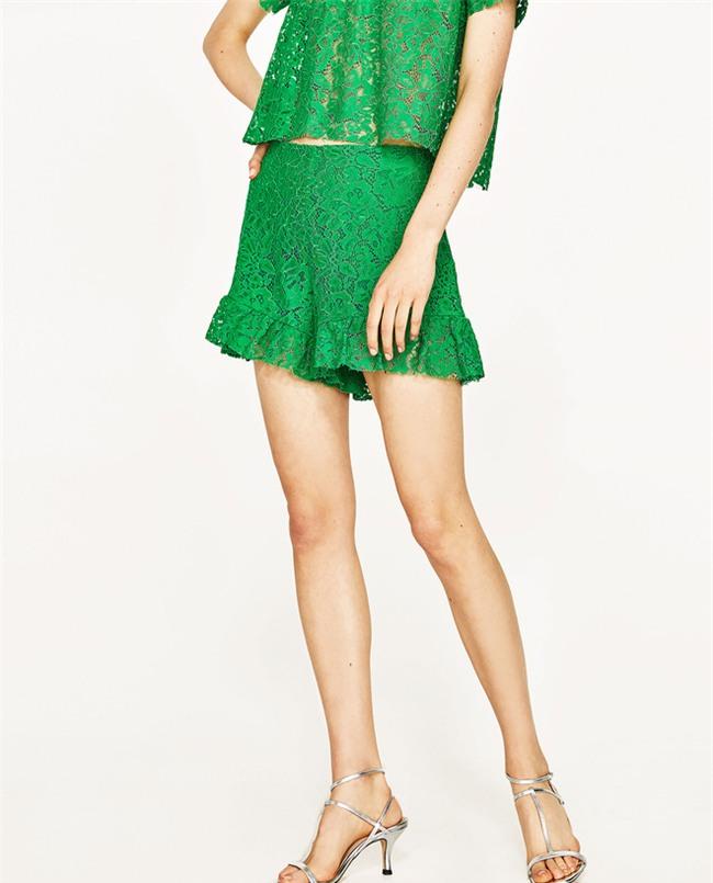 Đâu cần diện váy, cứ mặc quần short cách điệu là bạn đã nữ tính hết nấc - Ảnh 18.