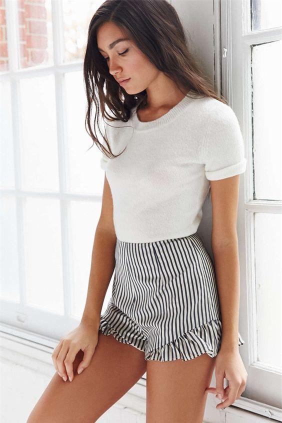 Đâu cần diện váy, cứ mặc quần short cách điệu là bạn đã nữ tính hết nấc - Ảnh 7.