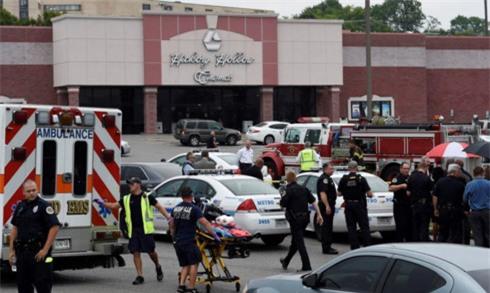 Mỹ bắt giữ nghi phạm vụ xả súng, bắn chết 8 người - Ảnh 1.