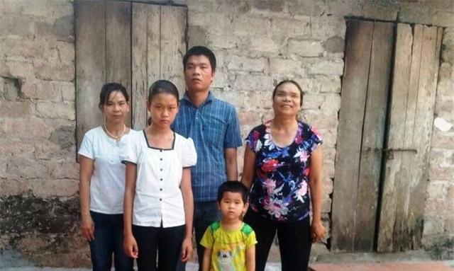 Gia đình anh Phạm Văn Cường.