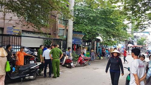 Người phụ nữ chết bí ẩn tại ban công căn nhà 5 lầu ở Sài Gòn - 1