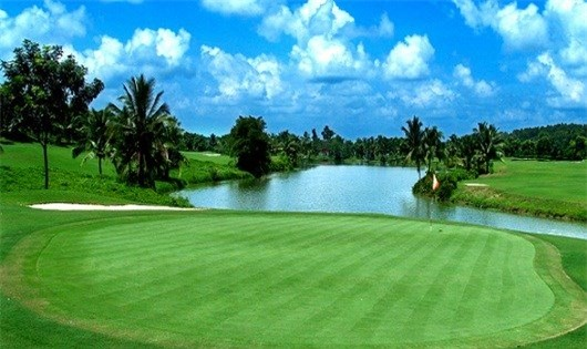 chơi golf, sân golf, thú chơi, nhà giàu