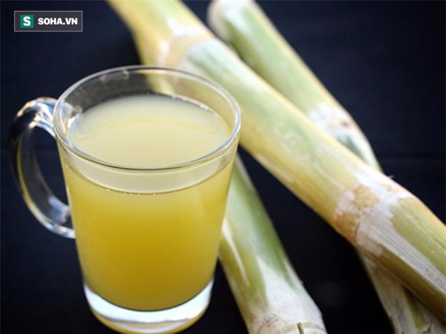 Uống 1 cốc nước mía kèm lát chanh tươi: Cách phòng trừ bệnh rất hiệu quả của người Ấn Độ - Ảnh 1.