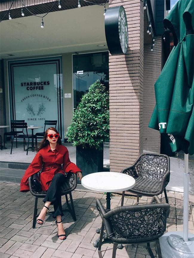 Kỳ Duyên diện đồ đơn giản vẫn kiêu kỳ, Angela Phương Trinh bỗng màu mè hết biết trong street style tuần này - Ảnh 17.
