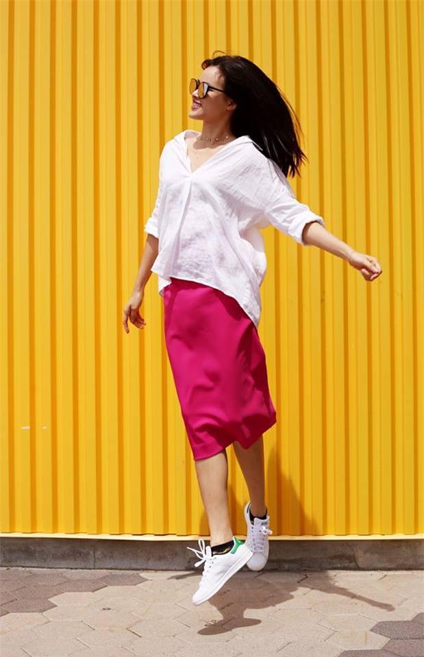 Kỳ Duyên diện đồ đơn giản vẫn kiêu kỳ, Angela Phương Trinh bỗng màu mè hết biết trong street style tuần này - Ảnh 26.