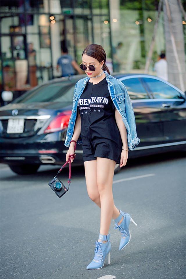 Kỳ Duyên diện đồ đơn giản vẫn kiêu kỳ, Angela Phương Trinh bỗng màu mè hết biết trong street style tuần này - Ảnh 8.