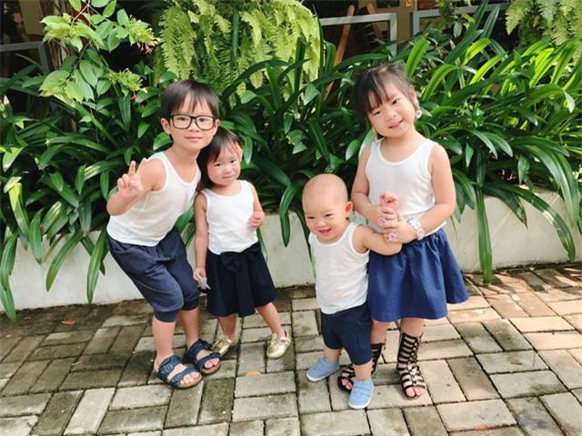 Ngày 1/6 4 cô cậu nhà Lý Hải cùng diện đồ đôi đi chơi