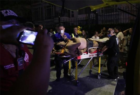 Vụ nổ súng Philippines: Phát hiện 34 thi thể chết ngạt trong khách sạn - Ảnh 2.