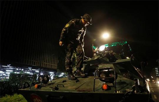 Vụ nổ súng Philippines: Phát hiện 34 thi thể chết ngạt trong khách sạn - Ảnh 5.