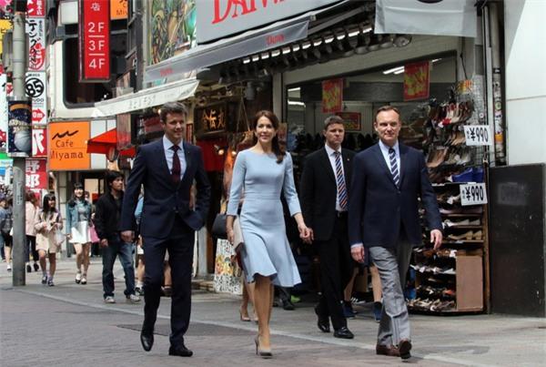 Có một vị công nương còn mặc đẹp hơn cả Kate Middleton - Ảnh 6.