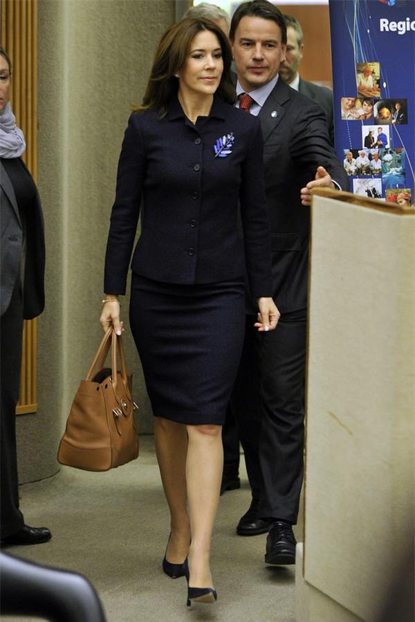 Có một vị công nương còn mặc đẹp hơn cả Kate Middleton - Ảnh 11.