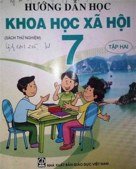 """Bộ GDĐT đừng lãng quên thất bại thí điểm VNEN và """"thất thủ"""" tự chủ tuyển giáo viên  ảnh 1"""