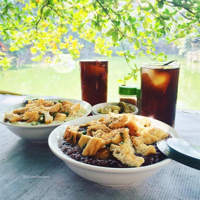 8 món ăn thần thánh giúp bạn chống chọi với thời tiết rán trứng giữa đường của Hà Nội - Ảnh 4.