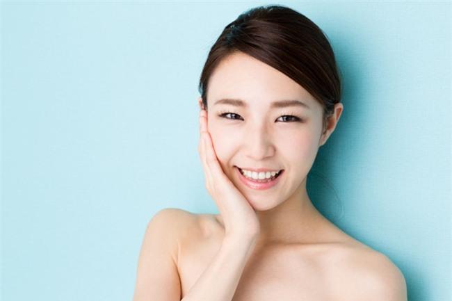 Người Hàn Quốc da đẹp là do chăm vỗ vào mặt mình mỗi ngày đấy - Ảnh 5.