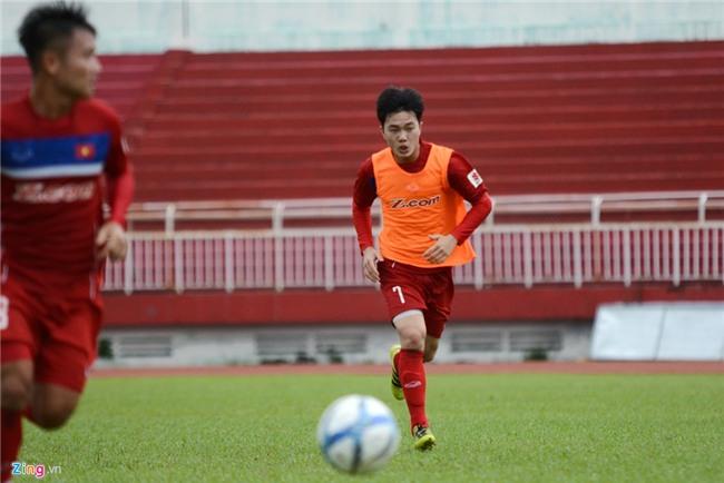 Xuan Truong than thien voi fan o ngay dau tap trung hinh anh 4