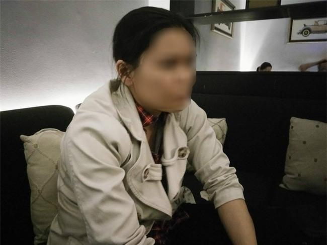 Mẹ bênh vực kẻ hiếp dâm con gái đến có thai, chị ròng rã đi đòi công bằng cho em suốt 3 năm - Ảnh 1.
