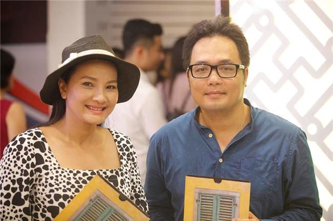 Truong Giang, Nha Phuong mac do doi di xem phim hinh anh 12
