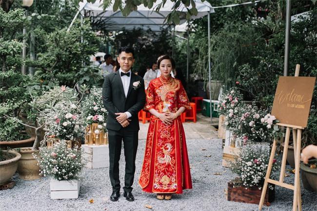 """Một thập kỷ yêu và đám cưới """"bá đạo"""" cô dâu mời nguyên dàn phù rể uống nước tương xá xị - Ảnh 2."""