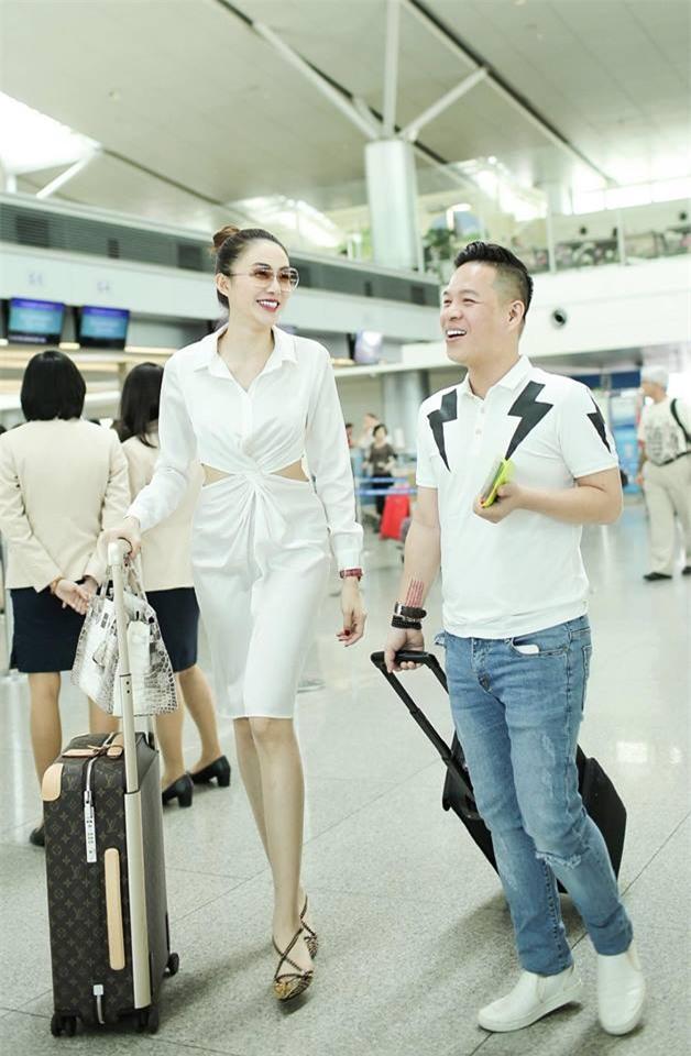 Không phải váy áo, túi xách mới là món đồ được sao Việt diện thật lồng lộn khi ra sân bay - Ảnh 12.