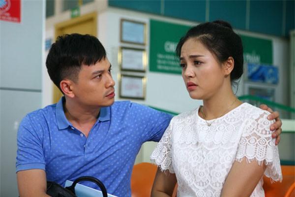 Thu Quỳnh làm quá tốt vai diễn khiến MC Danh Tùng bị lép vế khá nhiều.