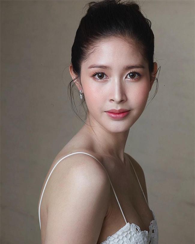 Nhan sắc đẹp tựa nữ thần của thí sinh Hoa hậu chuyển giới Thái Lan khiến phái nữ cũng phải ghen tị - Ảnh 1.