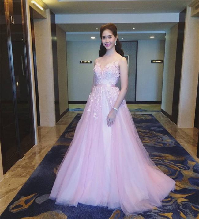 Nhan sắc đẹp tựa nữ thần của thí sinh Hoa hậu chuyển giới Thái Lan khiến phái nữ cũng phải ghen tị - Ảnh 12.