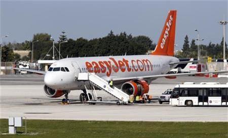 Máy bay hạ cánh khẩn vì cuộc nói chuyện lạ của hành khách - Ảnh 1.