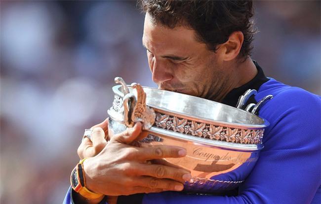 Rafael Nadal hóa huyền thoại bất tử với 10 lần vô địch Pháp Mở rộng - Ảnh 3.