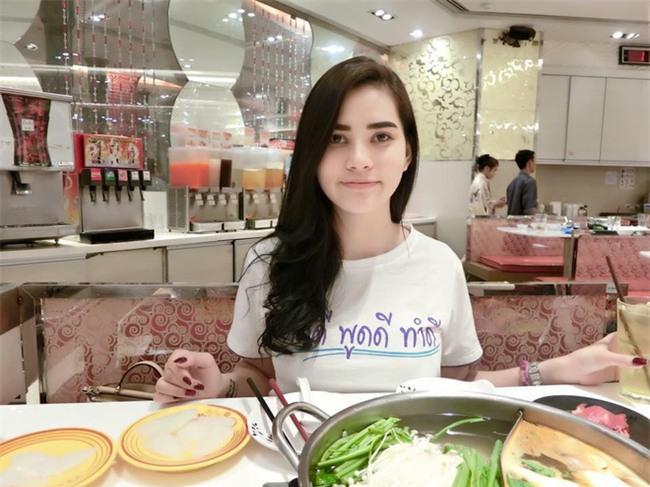 Sự thật đằng sau nhan sắc xinh đẹp của nghi phạm số 1 vụ án giết người gây rúng động Thái Lan - Ảnh 6.