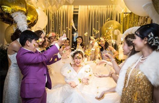 Mỹ nhân đẹp nhất nhì Thái Lan đeo nhẫn kim cương 5 carat, thay 6 bộ váy đắt đỏ trong đám cưới triệu đô - Ảnh 29.